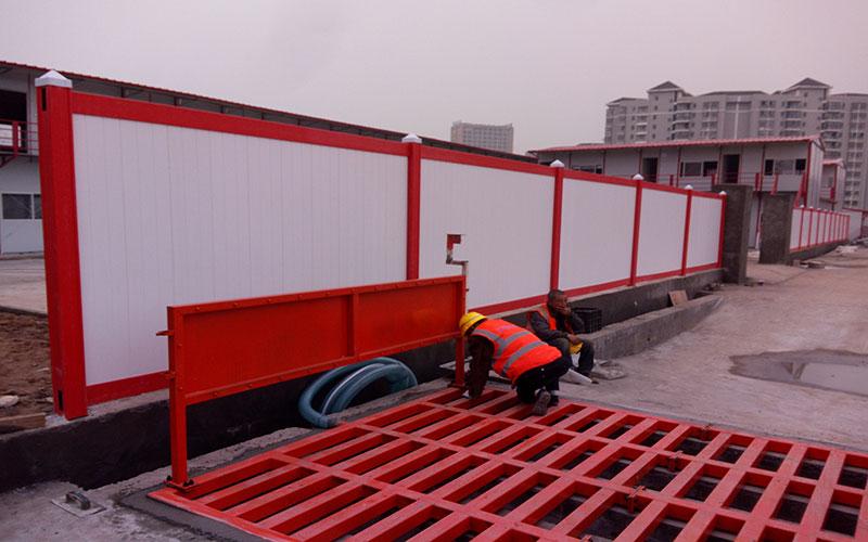 4米高装配式pvc施工围挡多少一块